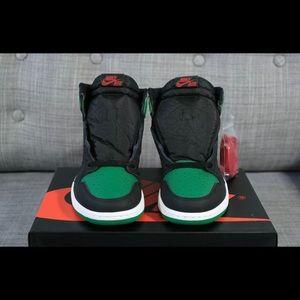 Air Jordan 1 High OG Pine Green 2.0